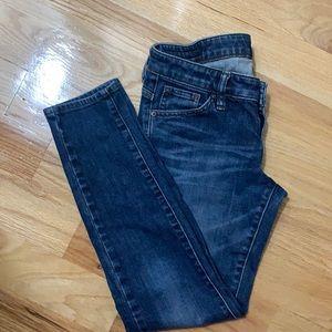 """Uniqlo low rise jeans 25"""""""